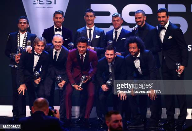 The winners of The FIFA Team of The Year award pose for photos during The Best FIFA Football Awards at The London Palladium on October 23 2017 in...