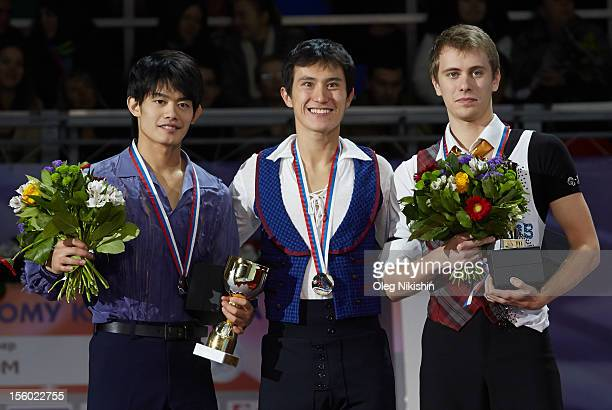 The winners of the men competition from left to right are Silver medalist from Japan Takahiko Kozuka Gold metalist from Canada Patrick Chan Bronze...