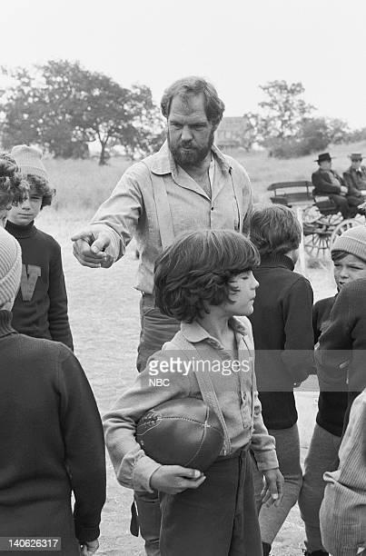 PRAIRIE The Winoka Warriors Episode 3 Aired 9/25/78 Pictured Merlin Olsen as Jonathan Garvey Matthew Laborteaux as Albert Quinn Ingalls Photo by Ted...