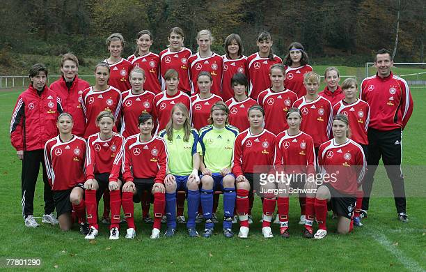 The Women Under 15 German National Soccer Team poses on November 8 2007 in Hennef Germany Picture shows in back row LtoR Tatjana Musil Pia Knobloch...