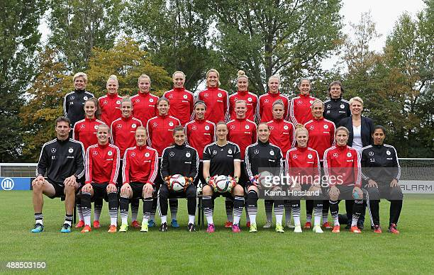 The Women's National Team of Germany poses for a team photo Headcoach Silvia Neid Leonie Maier Tabea Kemme Pauline Bremer Saskia Bartusiak Anja...