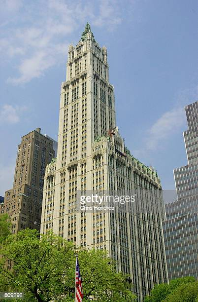 The Woolworth Building May 4 2001 in New York Designed by legendary architect Cass Gilbert and completed in 1913 the 792feethigh building was the...