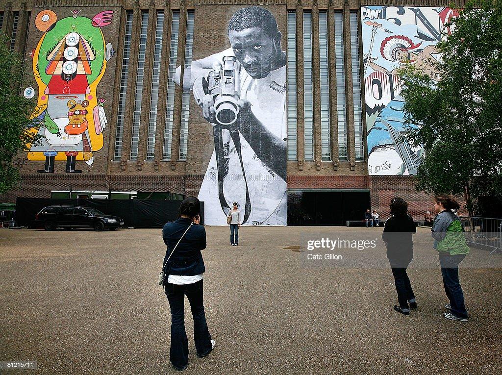 modern street art | Graffiti by Asker - da men magazine