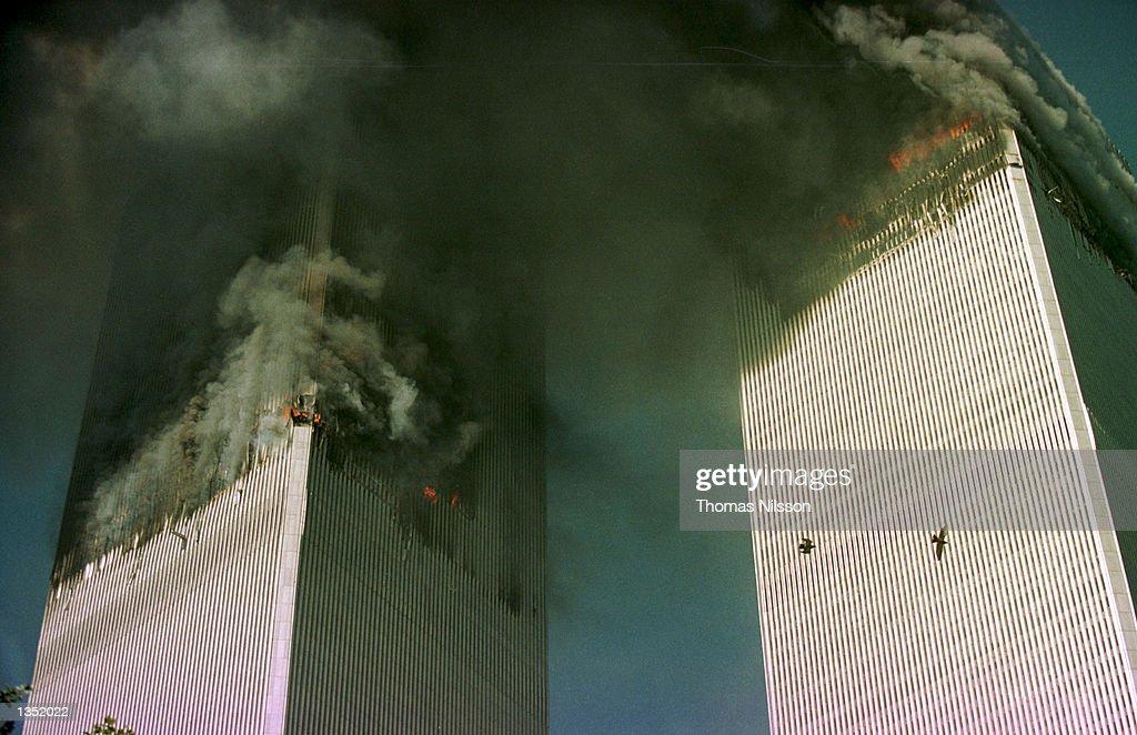World Trade Center Attacked By Terrorists : Foto di attualità