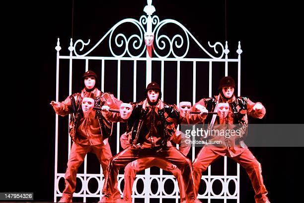 60 Top World Famous Dance Crew Jabbawockeez Perform In Las Vegas Nv