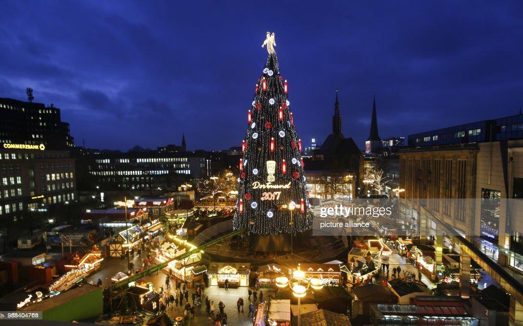 christmas market in dortmund news photo - Worlds Largest Christmas Tree