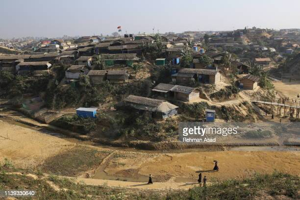 the world's largest rohingya refugee camps in cox's bazar - diplomacy stock pictures, royalty-free photos & images