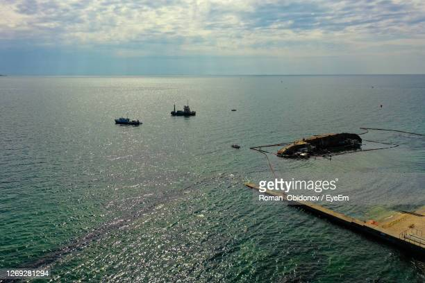 the wreck of the tanker delphi near the city of odessa in ukraine. - greenpeace stock pictures, royalty-free photos & images