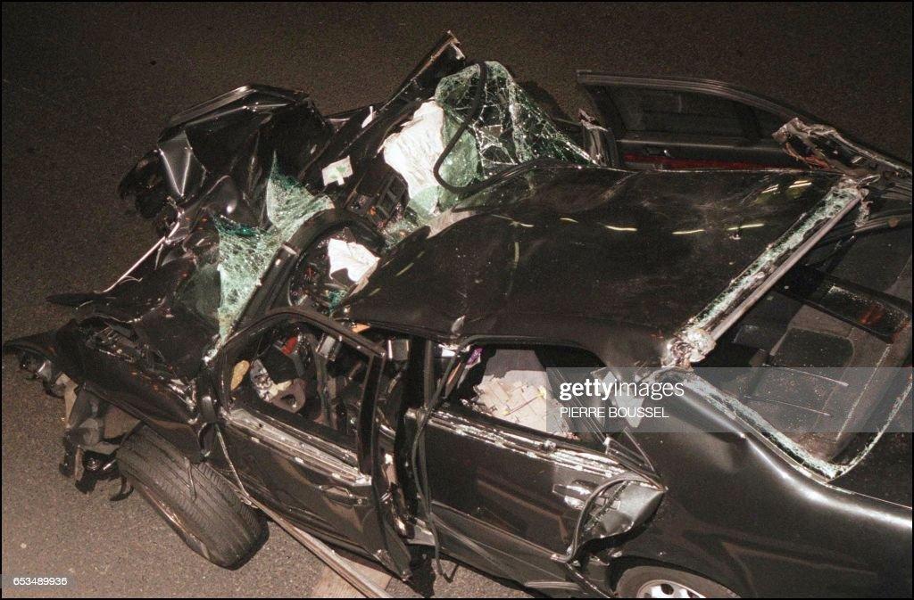 FRANCE-DIANA-CRASH-WRECKAGE : News Photo