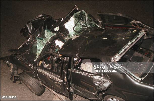 The wreckage of Princess Diana's car 31 August in the Alma tunnel of Paris Princess Diana died a few hours after the crash at Paris hospital La pitie...