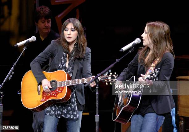 The Wreckers perform at the 2007 NHL AllStar game Jan 24 in Dallas