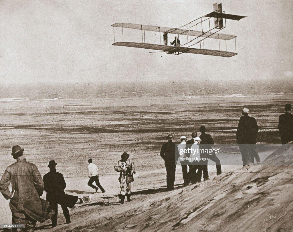 The Wright Brothers Testing An Early Plane At Kitty Hawk North Carolina USA circa 1903 : News Photo