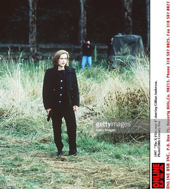 1997 The XFiles Year 4 starring Gillian Anderson