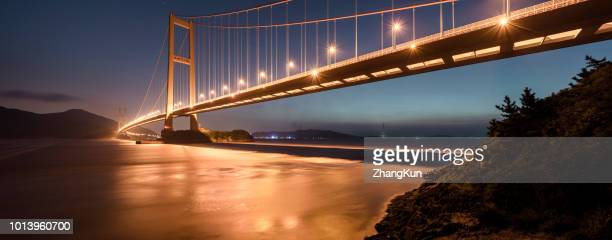 the xihoumen bridge in zhoushan archipelago - straits stock pictures, royalty-free photos & images