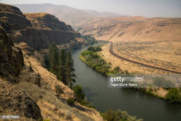 the yakima river canyon - geology stock pictures, royalty-free photos & images