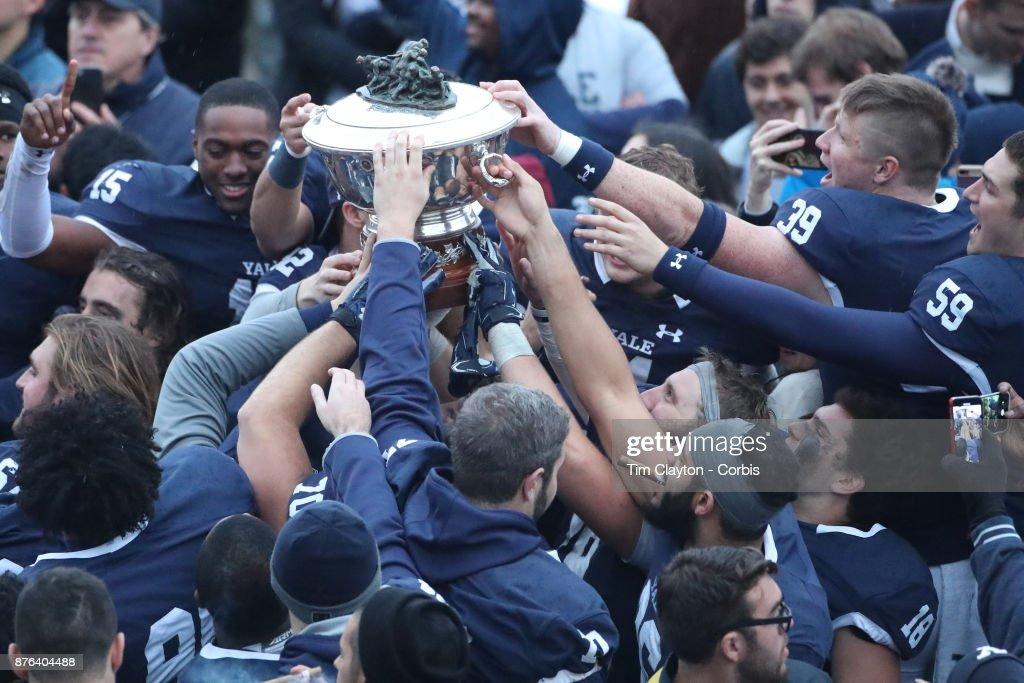 Yale V Harvard, Ivy League Football : ニュース写真