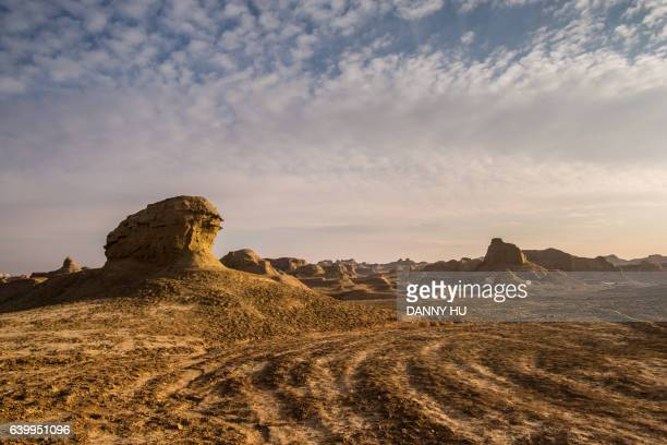 the yardang landform in xinjiang province,west china - motorsport stock pictures, royalty-free photos & images