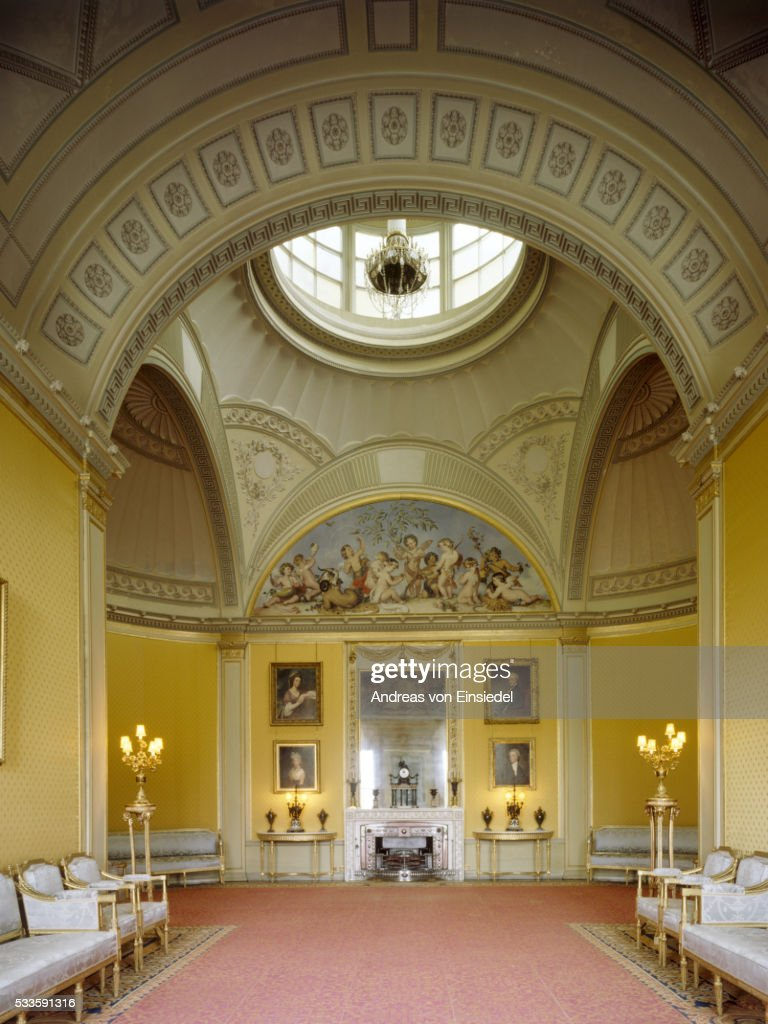 The Yellow Drawing Room At Wimpole Hall Cambridgeshire Stock Photo