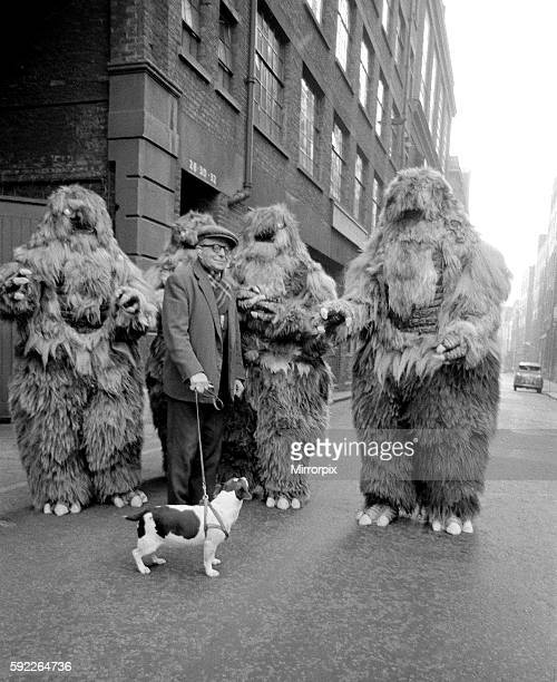 The yeti's are played by actors Gordon Stothard John Lord Colin Warman and John Levene wearing suits made from Yak fur and wool with eyes that light...