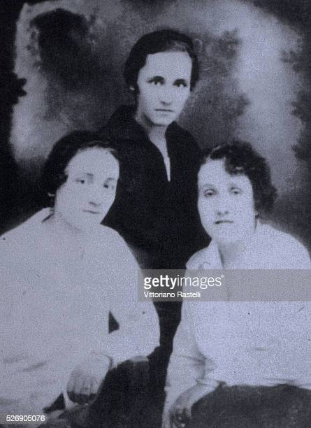 The young Albanian born Anjez�� Gonxhe Bojaxhiu, future Mother Teresa of Calcutta , with her sister Aga and a friend, a few days before her departure...