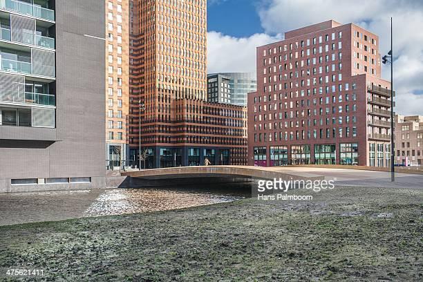 the zuidas - stadsdeel stockfoto's en -beelden