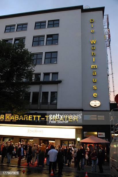 TheaterGala 'Das große Kleinkunstfestival für Kabarett Comedy und Musik' der Wühlmäuse 2010 mit Feier zum 75Geburtstag von D i e t e r H a l l e r v...