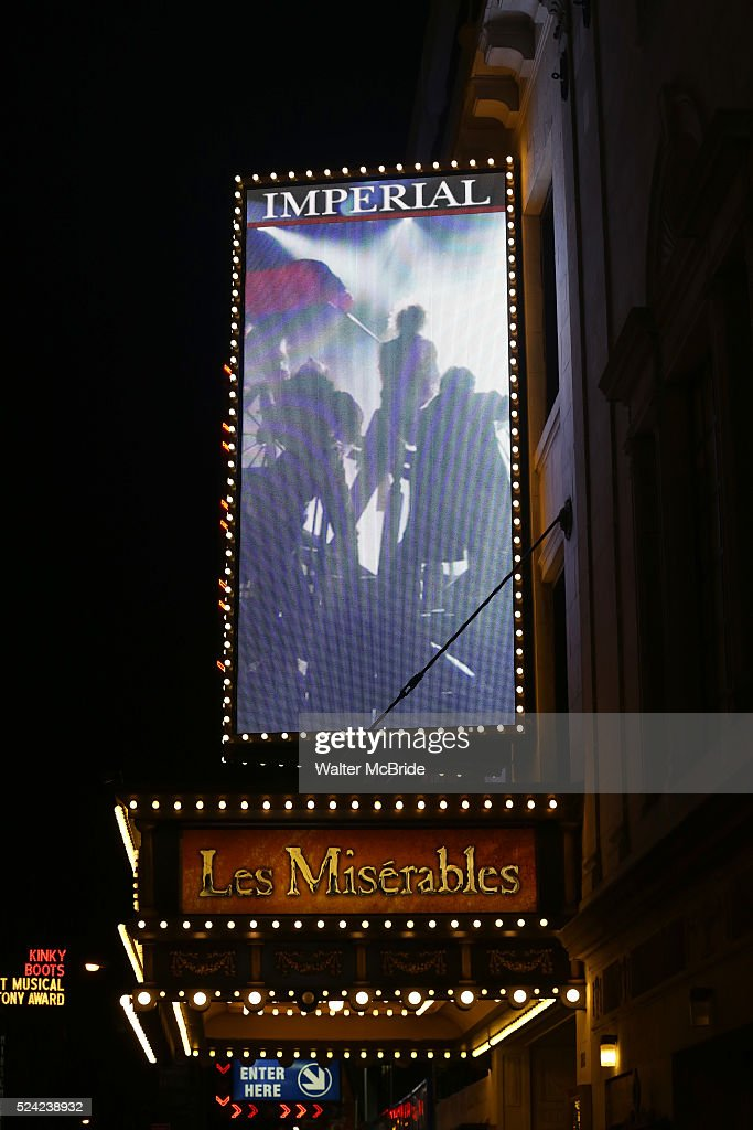 USA: 'Les Miserables' - New Marquee : News Photo
