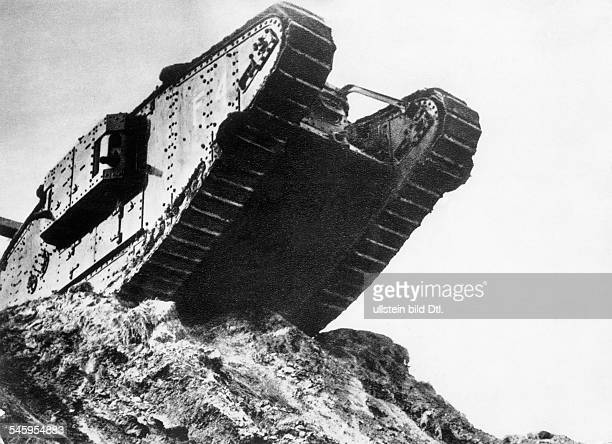 1WW Theatre of war Tank battle of Cambrai 20Nov15Dec1917 British mark IV tank during an attack operation Nov 1917