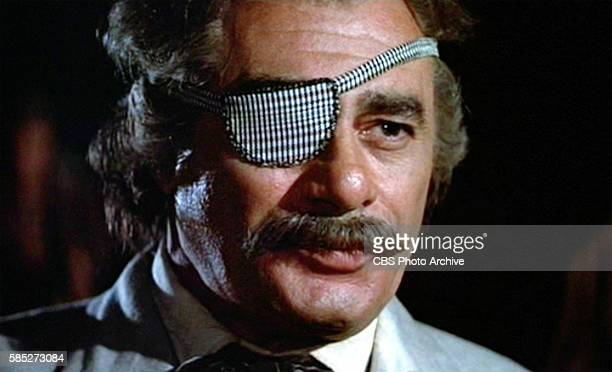 MAN theatrical movie originally released December 23 1970 The film directed by Arthur Penn Pictured Martin Balsam a traveling swindler and snake oil...