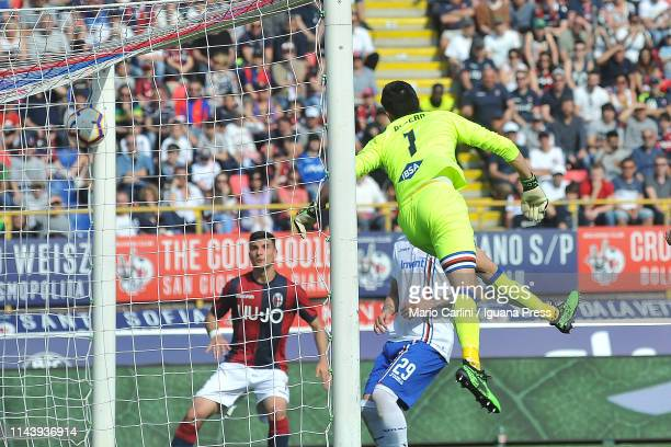Theball kicked by Eric Pulgar goes past Emil Audero goalkeeper of UC Sampdoria during the Serie A match between Bologna FC and UC Sampdoria at Stadio...