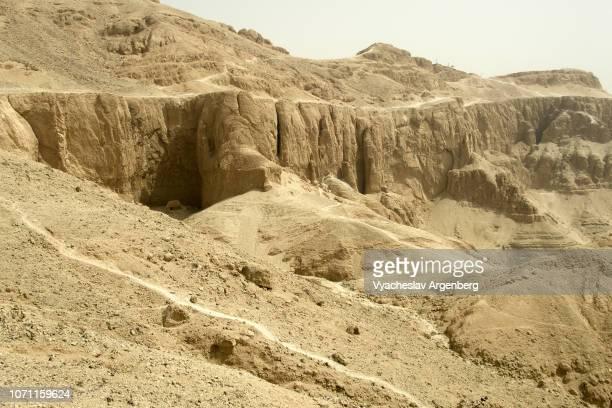 theban hills, egypt - argenberg ストックフォトと画像