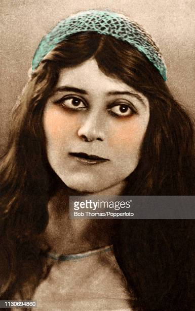 Theda Bara American silent film and stage actress circa 1920 One of the most popular actresses of the silent era she was also one of cinema's...