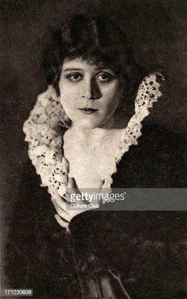 Theda Bara American silent movie star portrait 29 July 1885 7 April 1955 Born Theodosia Goodman