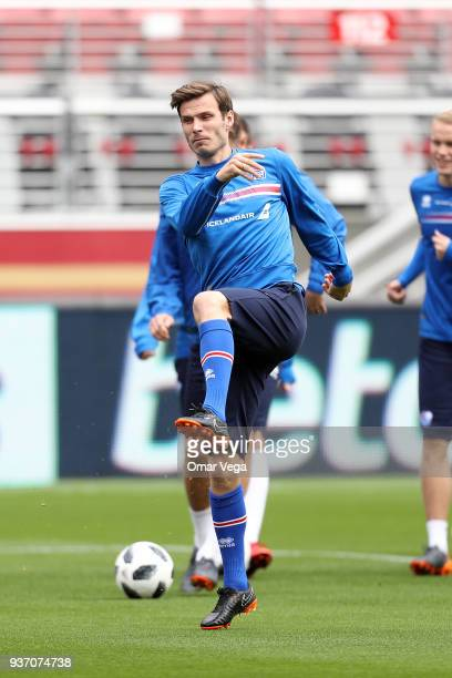 Theódór Elmar Bjarnason warms up during the Iceland training session ahead of the FIFA friendly match against Mexico at Levi's Stadium on March 22...