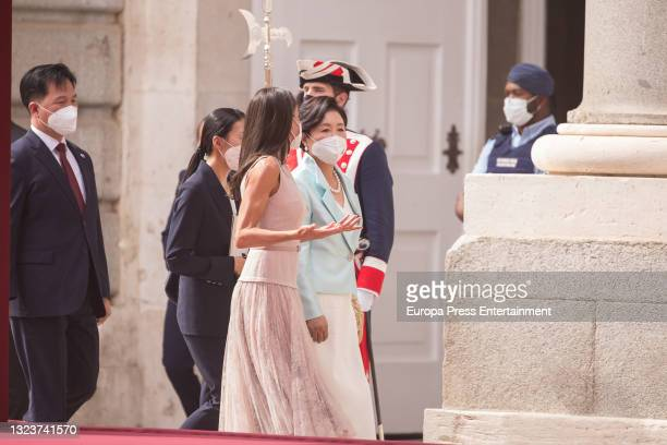Their Majesties King Felipe and Queen Letizia receive the President of the Republic of Korea, Moon Jae-in, and his wife, Kim Jung-sook, with military...