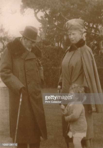 Their Majesties the King & Queen with the little Princess Elizabeth at Craigweil House, Bognor', circa 1930. King George V , and Queen Mary of Teck...