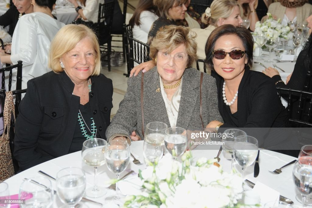 Thelma Giangreco Beverly Yunich Misook Doolittle Attend Karl News Photo Getty Images