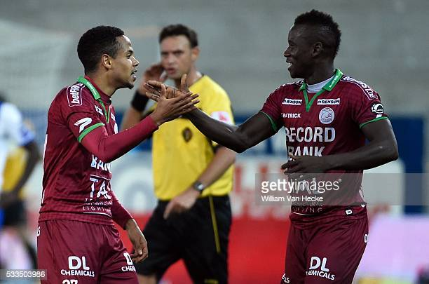 Theo Bongonda of SV Zulte Waregem Mamoutou N'Diaye of SV Zulte Waregem during the Jupiler Pro League match between Zulte Waregem and Krc Genk in...