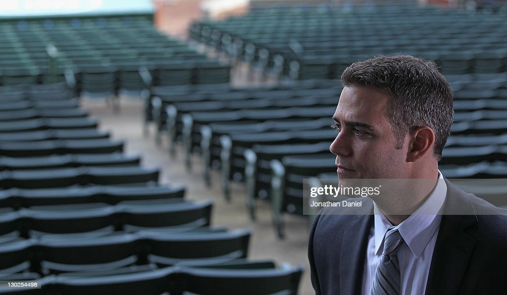 Chicago Cubs Introduce Theo Epstein as President of Baseball Operations : Fotografía de noticias