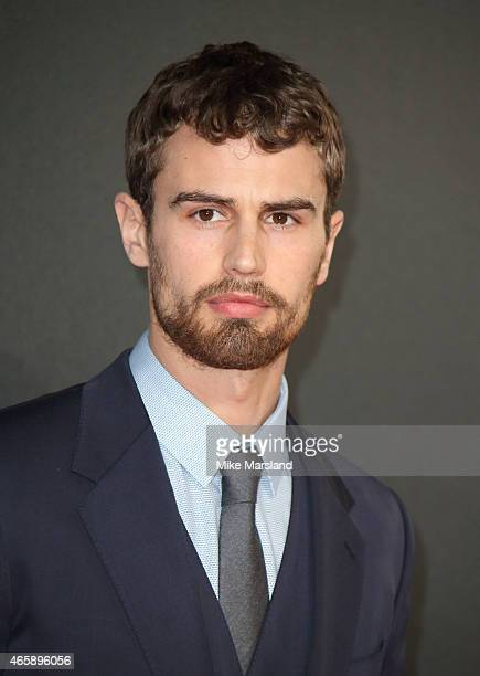 Theo James attends the World Premiere of Insurgent at Odeon Leicester Square on March 11 2015 in London England