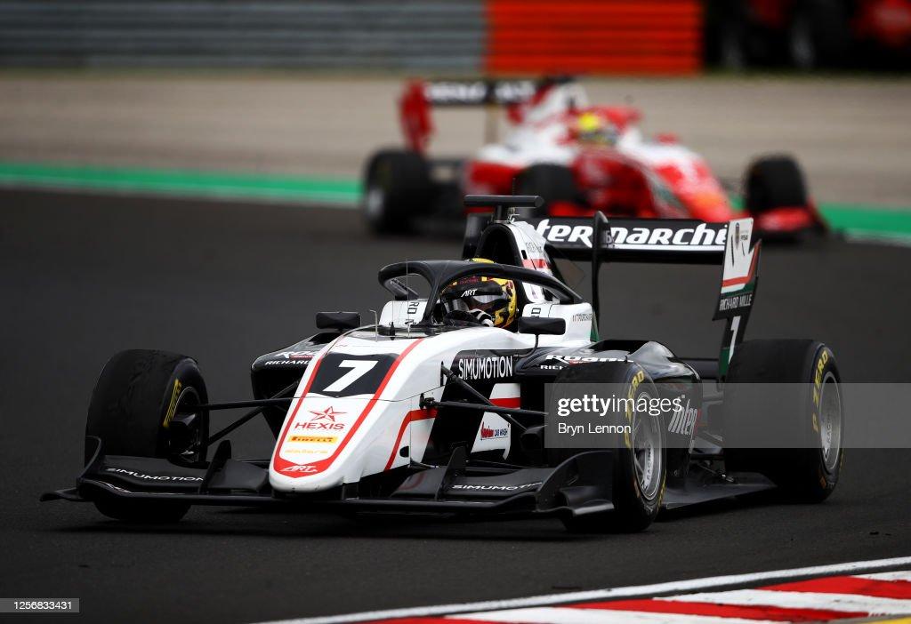 Formula 3 Championship - Round 3:Budapest - First Race : News Photo