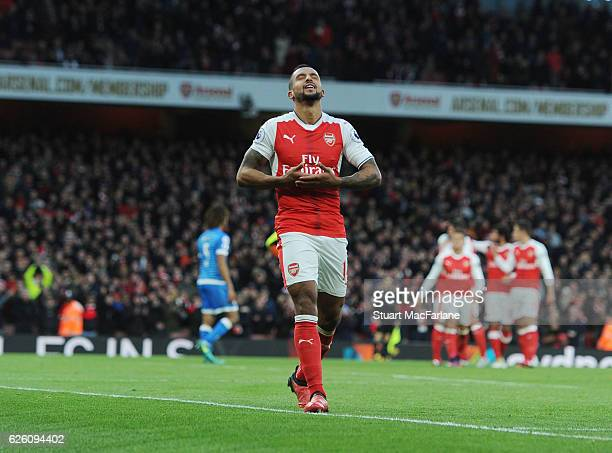 Theo Walcott celebrates scoring the 2nd Arsenal goal during the Premier League match between Arsenal and AFC Bournemouth at Emirates Stadium on...