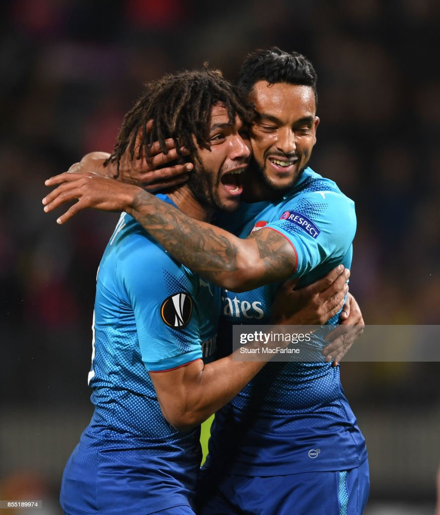 Theo Walcott celebrates scoring the 2nd Arsenal goal with (L) Mohamed Elneny during the UEFA Europa League group H match between BATE Borisov and Arsenal FC at Borisov-Arena on September 28, 2017 in Barysaw, Belarus.