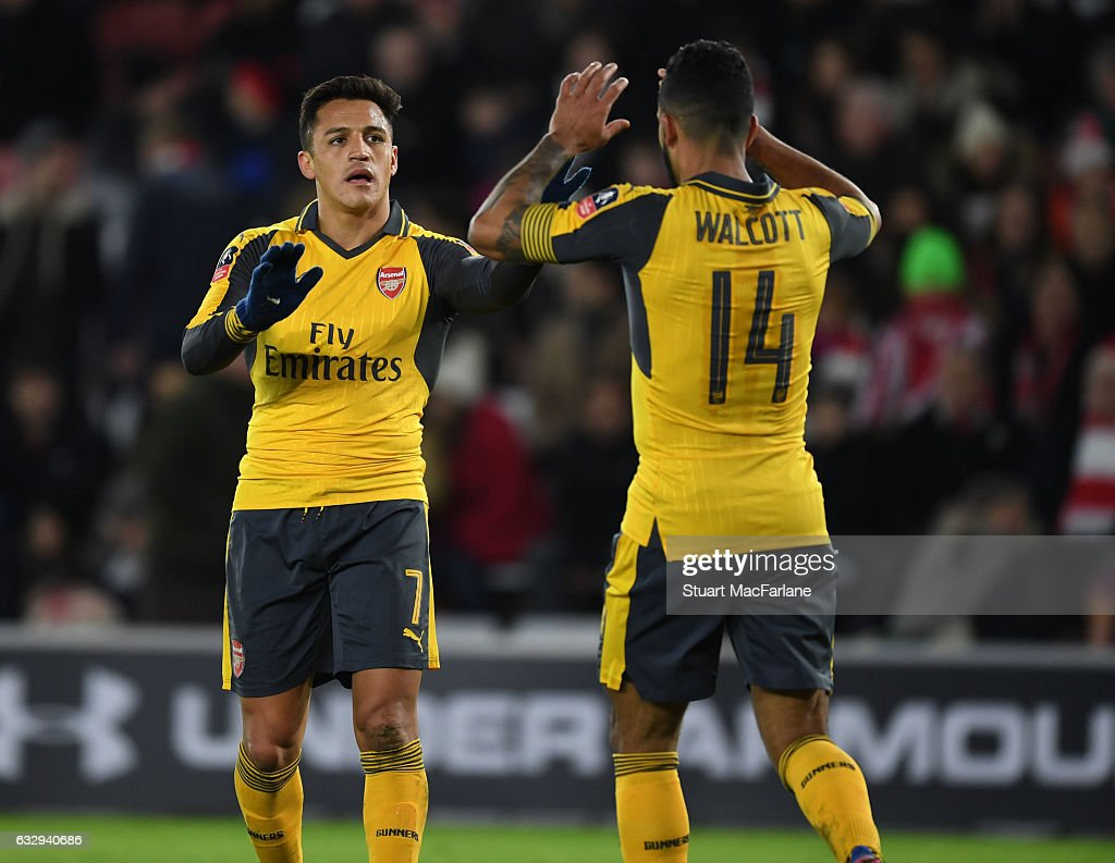 Southampton v Arsenal - The Emirates FA Cup Fourth Round : News Photo