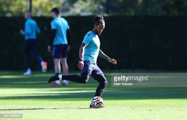 Theo Walcott during a Southampton FC training session at the Staplewood Campus on October 21, 2021 in Southampton, England.