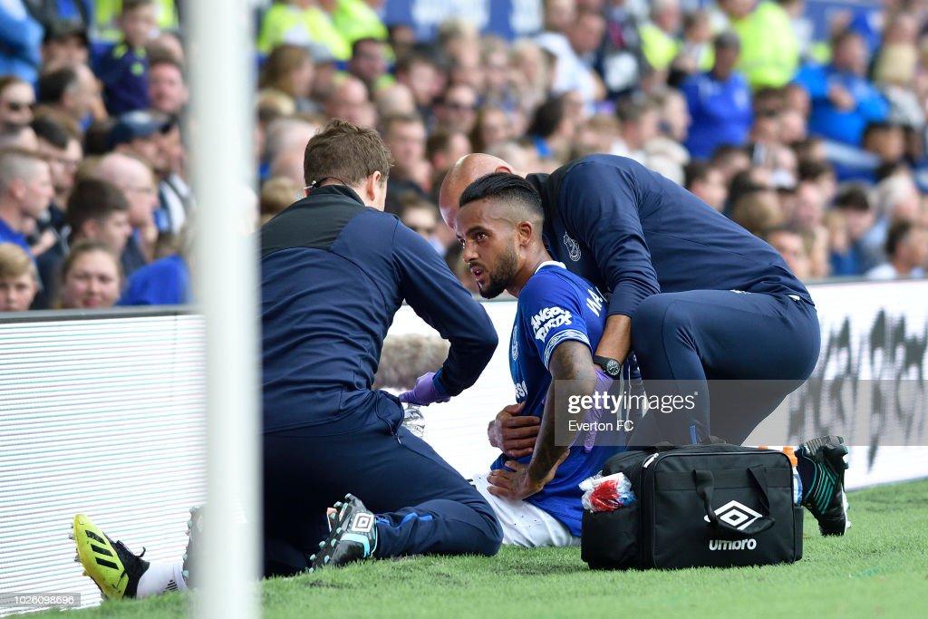 Everton v Huddersfield Town - Premier League : News Photo