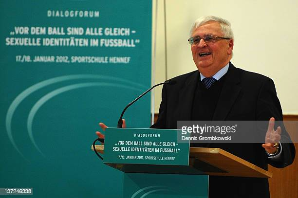 Theo Zwanziger, president of the German Football Federation 'DFB' holds a speach during the DFB Dialog Forum 'Vor dem Ball sind alle gleich -...