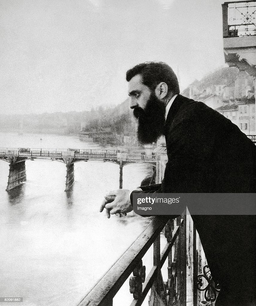 Theodor Herzl at the balcony of the hotel in Basel where he stayed during the zionistic congress overlooking the rhine river, Switzerland, Photograph, 1897 : News Photo