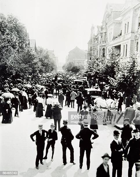 Theodor Herzl's funeral in Vienna on the 7th of July in 1904 Viewers in front oh Herzl's house where the funeral procession to the grave yard formed...