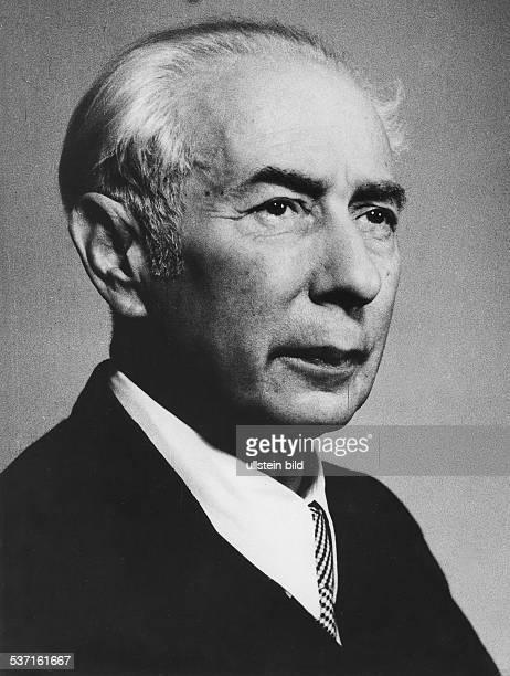 Theodor HeussTheodor Heuss Politiker BRD FDP Bundespräsident 19491959 1949 Fotograf Fritz Eschen